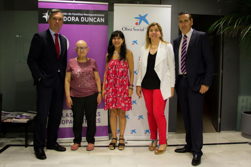 """Isadora Duncan firma un nuevo convenio de colaboración con la Obra Social """"la Caixa"""""""